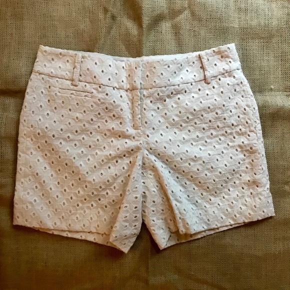 LOFT Pants - Ann Taylor LOFT Patterned Shorts Sz 0